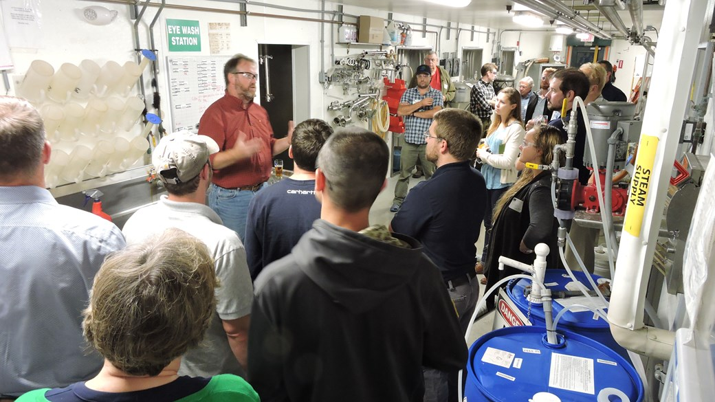 Efficiency Excellence Network (EEN) members take a tour of the Harpoon Brewery